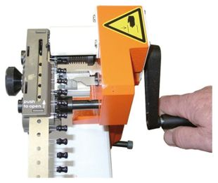 Cutting device, 1.3 / radial